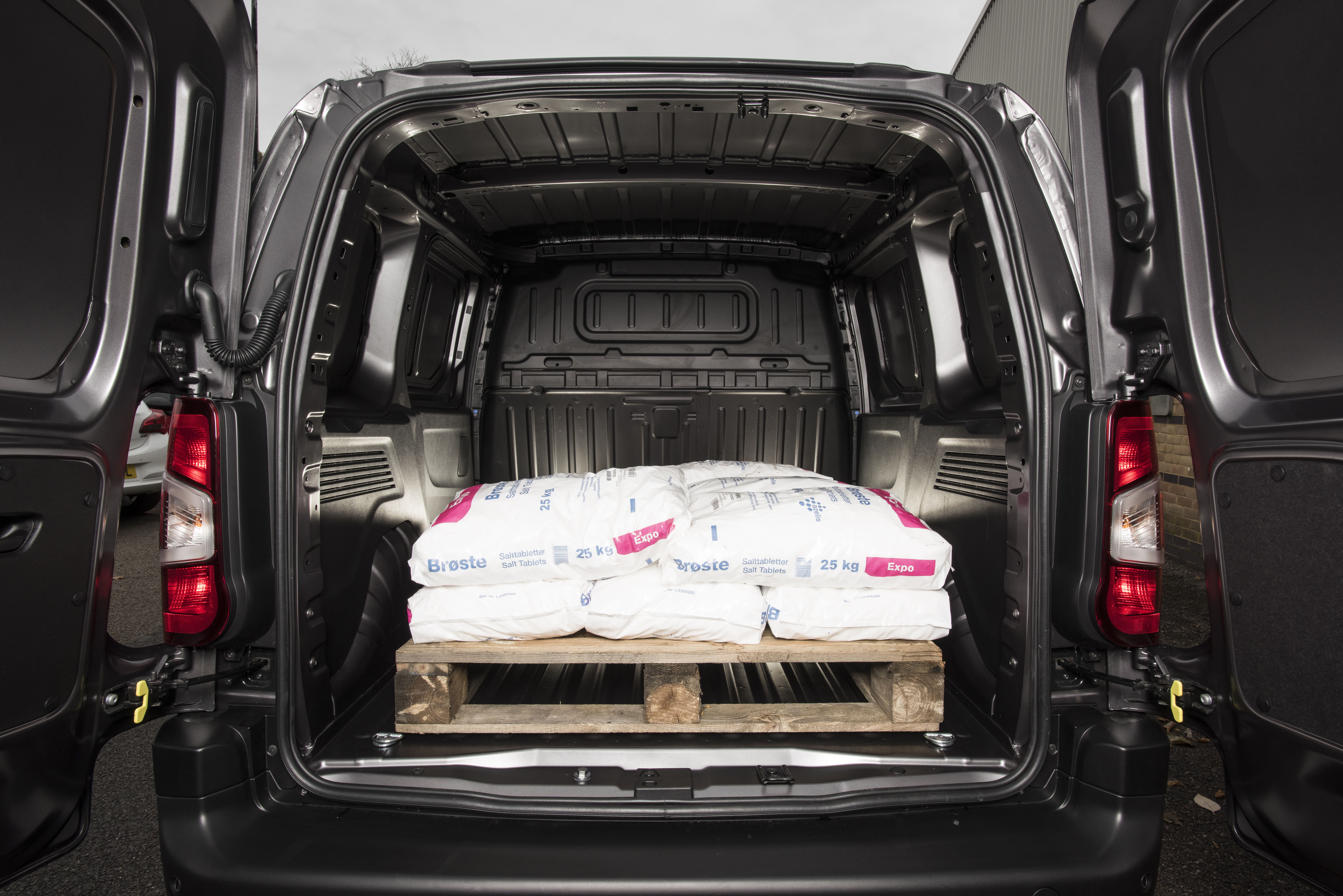 Vauxhall Combo load area 2019